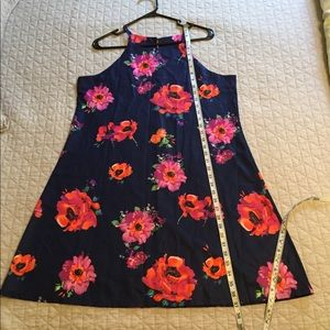 Dresses & Skirts - Navy blue dress with flowers